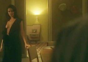 Mulheres nuas famosas Bruna Marquezine transando pelada