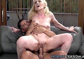 Porno excitante vovó velha gozado no netinho